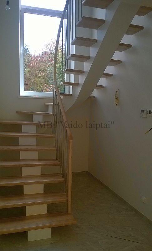 Laiptu gamyba, laiptai, laiptai prie namo