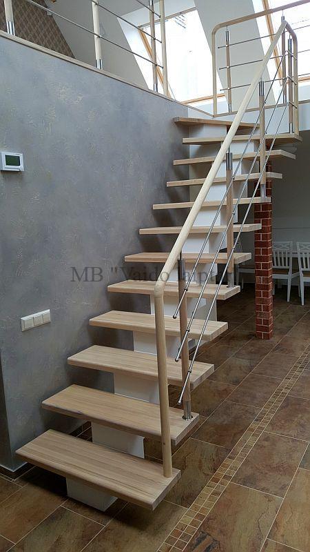 Laiptu gamyba, laiptai, paprasti mediniai laiptai