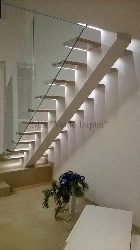 Laiptu gamyba, laiptai, vidaus laiptai
