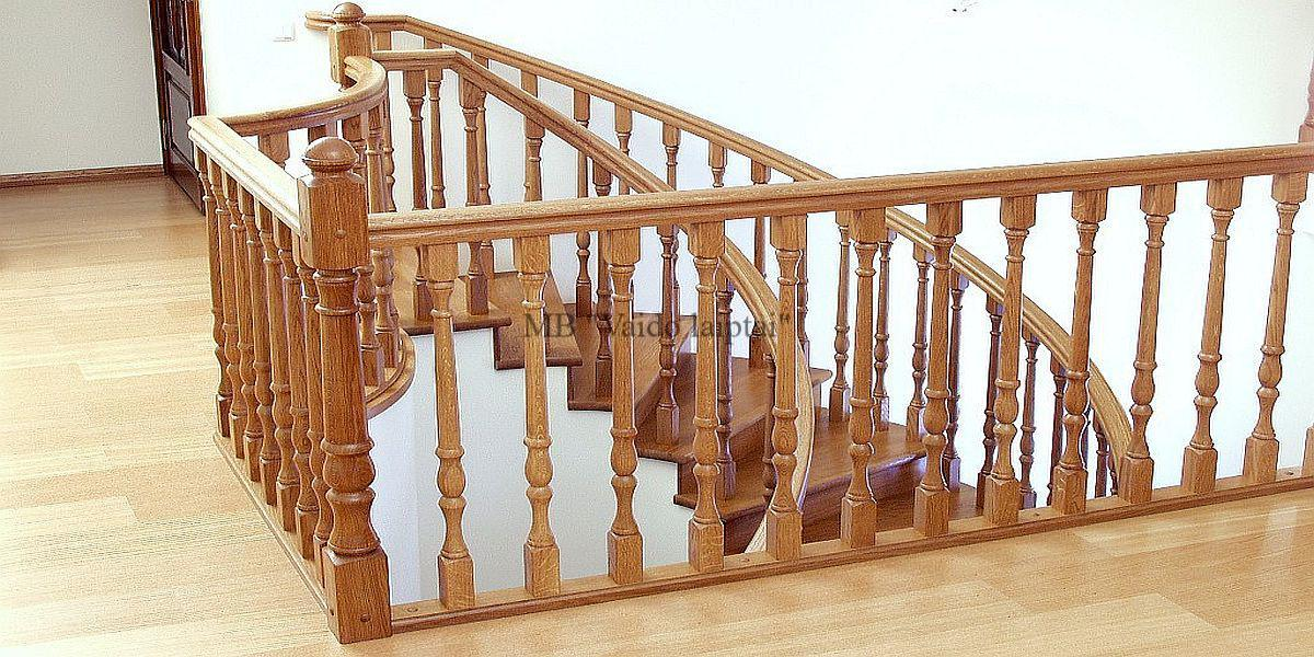 Medinių laiptų turėklai, tipai ir medžiagos